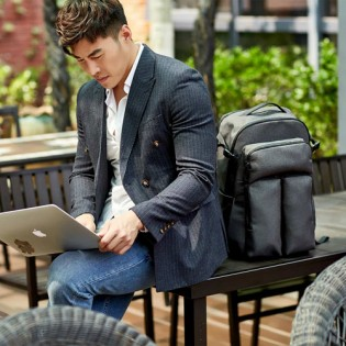 Carbon Business Backpack Gray