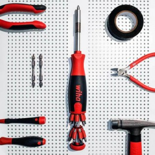 Wiha 26-in-1 Screwdriver with Bit Magazine LiftUp